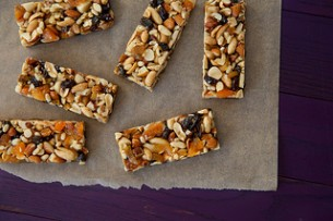 Fruit & Nut Bars {Copycat KIND Bars}